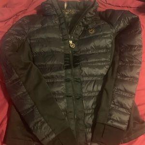 Micheal Kors black puffer jacket size small